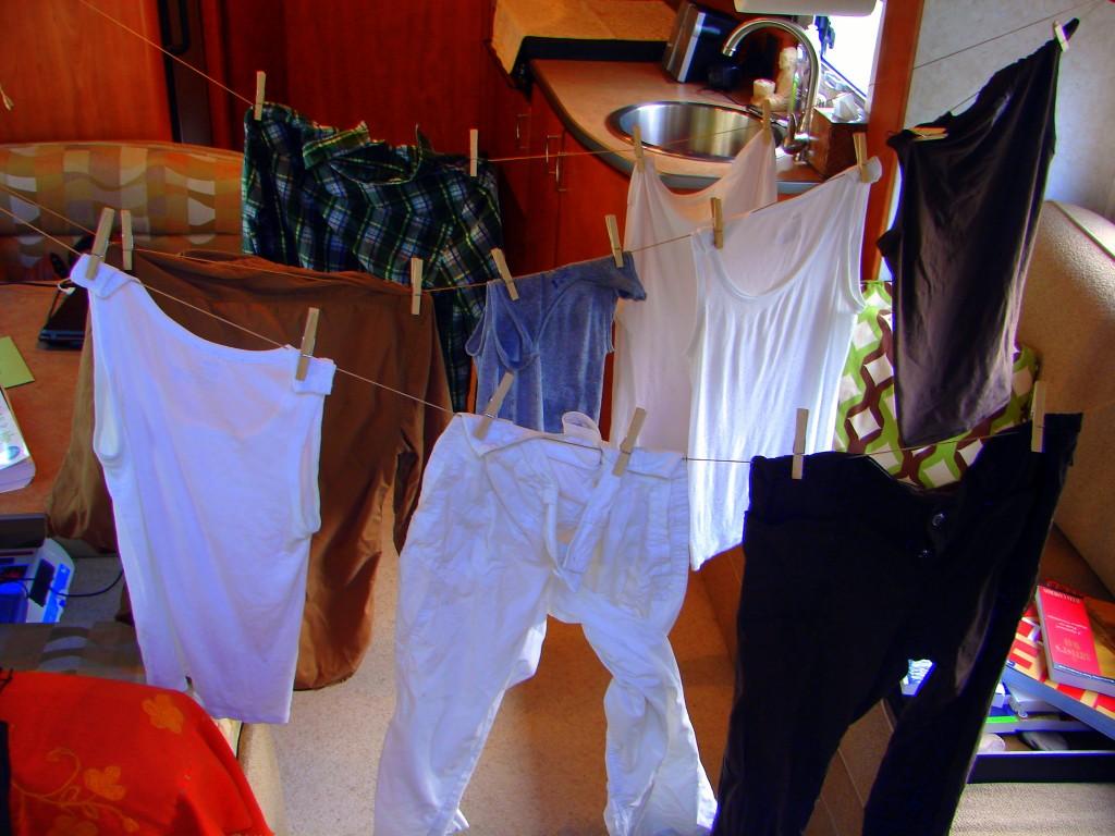 mini laundry line